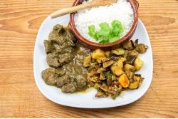 Lams curry, aubergine en basmatirijst
