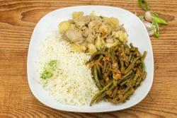 Kip korma, haricots verts en rijst